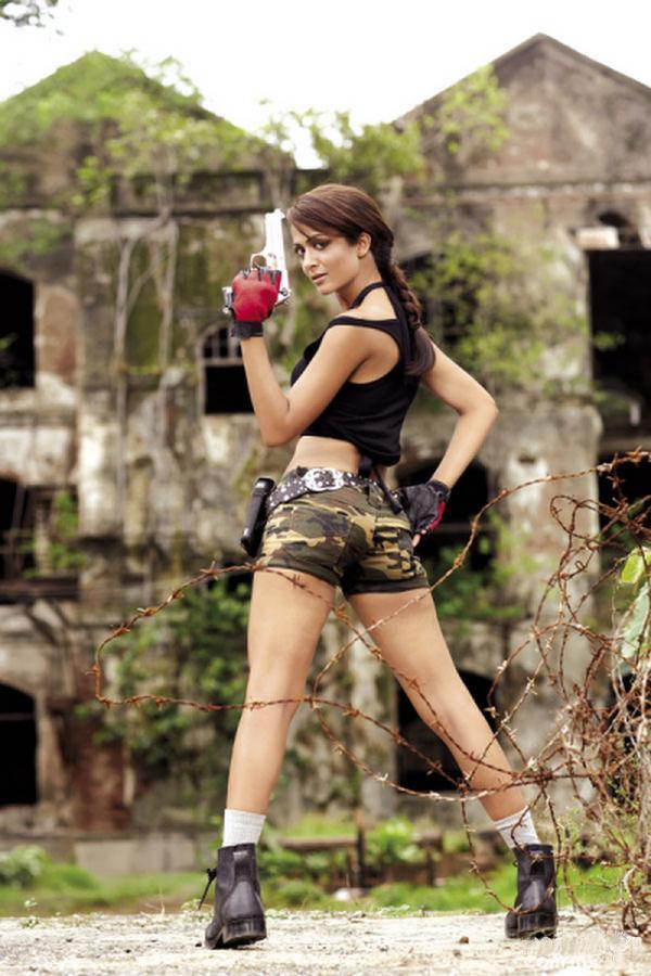 Amrita Arora es Lara Croft en Maxim India (11)